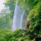 Baden-Württemberg: Uracher Wasserfall - © Tourismusverband Schwäbische Alb