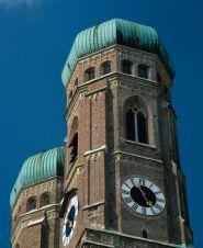 Bayern: Liebfrauenkirche in München - © Andrew Cowin/DZT