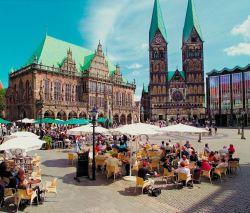 Bremen: Marktplatz und Dom St. Petri - © BTZ/Bremen Touristik Zentrale GmbH