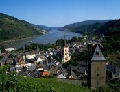 Rheinland-Pfalz: Rheintal, Blick auf Bacharach - © Hans Peter Merten/DZT