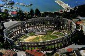 Römische Arena in Pula Kroatien - Urlaub Reisen Tourismus